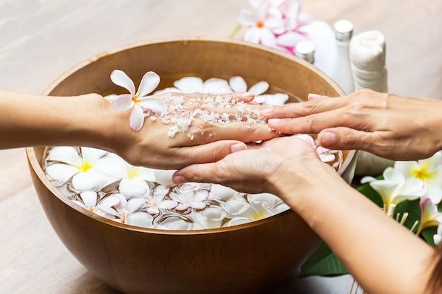 Spa massage compress balls