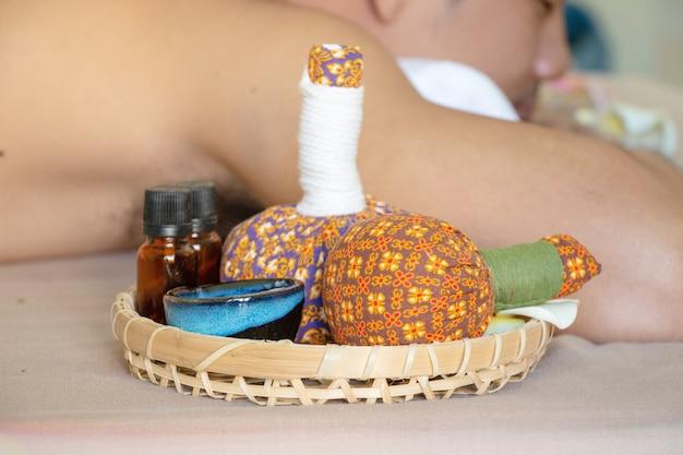 Spa and massage treatment equipment