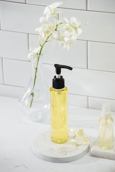 Спа-набор с белой орхидеей, маслом, солью
