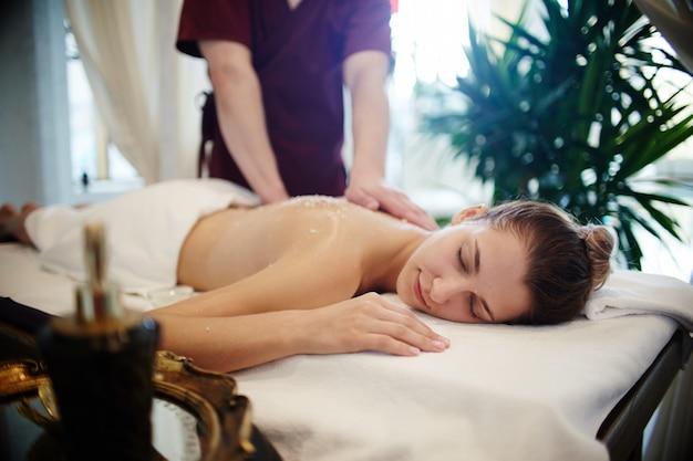 Расслабляющий массаж в spa