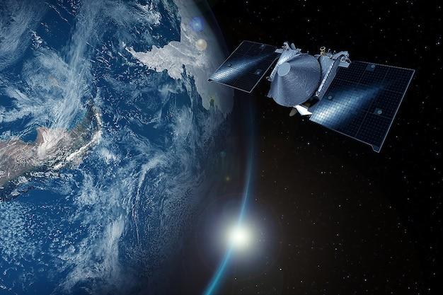 행성 지구에 우주 위성입니다. 이 이미지의 요소는 nasa에서 제공했습니다. 어떤 목적을 위해.