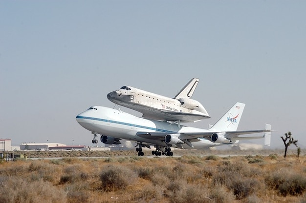 Space shuttle transportation nasa piggyback