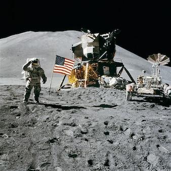 Space station irwin landing james apollo moon
