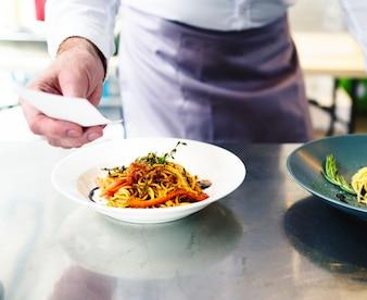 Итальянская еда спагетти
