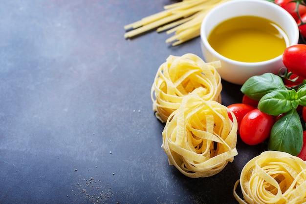 Spaghetti, tagliatelle, tomato, basil, cheese, garlic and wine