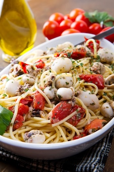 오징어와 토마토 스파게티