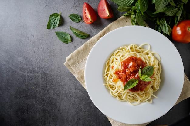 Spaghetti with meat sauce. traditional italian dish