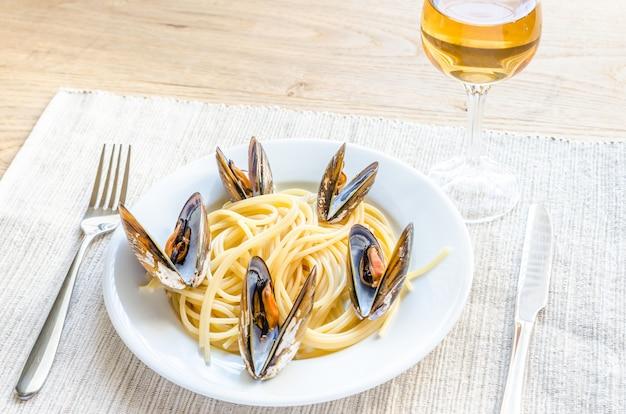 ムール貝とチェリートマトのスパゲッティ