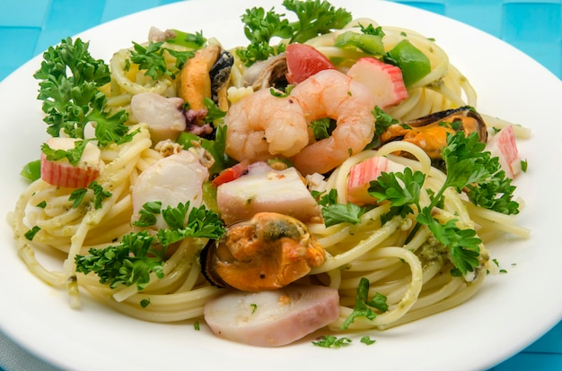 Spaghetti with seafood with seafood