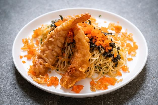 Spaghetti with tempura shrimps and shrimp egg