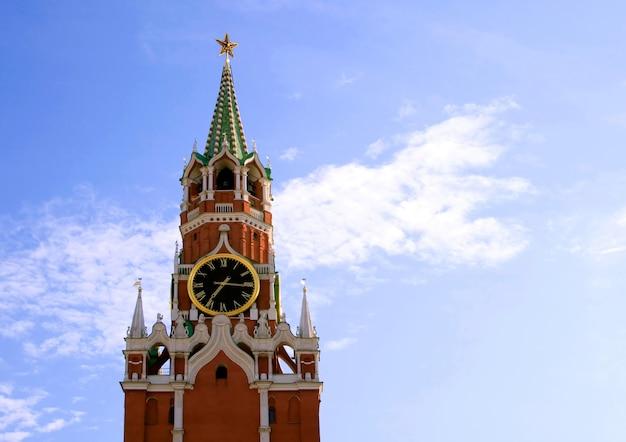クレムリン、モスクワ、ロシアのspasskayaタワー