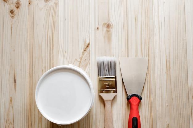 Spatula, putty paste,  paint brush