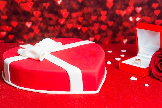 Специальный торт на романтический день