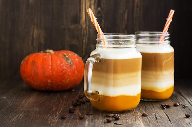 Spice pumpkin latte with pumpkin puree