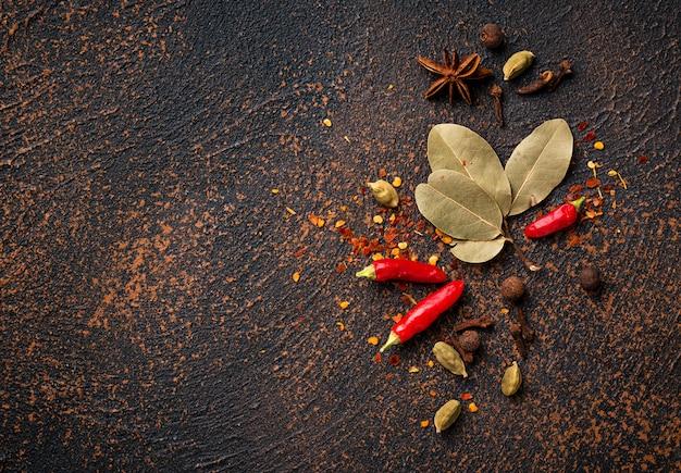 インド料理のスパイスマサラ