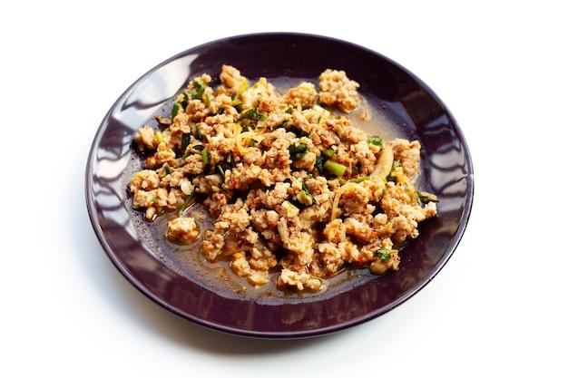 Spicy minced chicken salad.