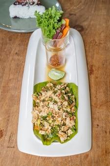 Spicy minced tofu salad