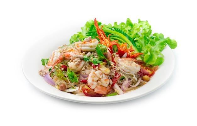 Острый салат с вермишелью и креветками
