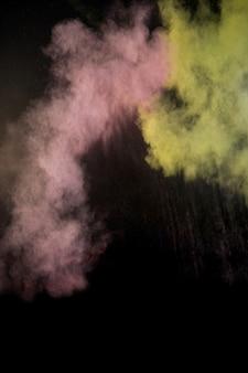 Splashing of color powder