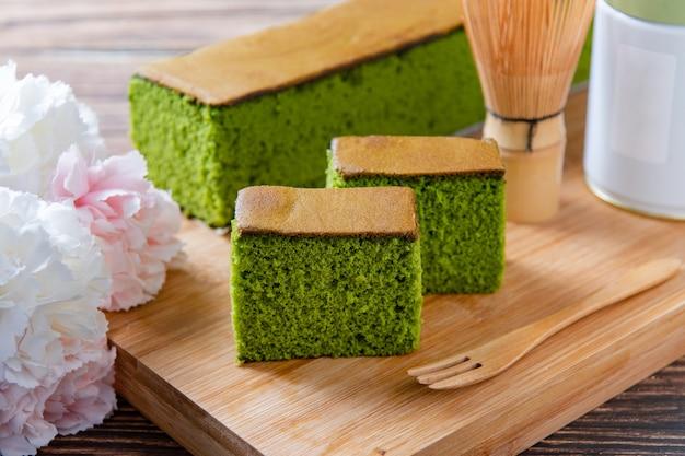 말차와 꿀을 넣은 스펀지 케이크 말차 카스텔라 케이크 일본식 스폰지 케이크