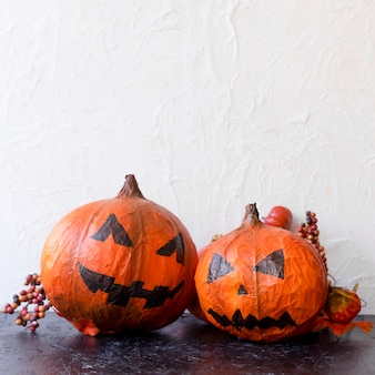 Spooky jack-o-lanterns and berries