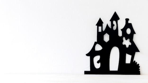 ハロウィンのためのおかしな紙の城