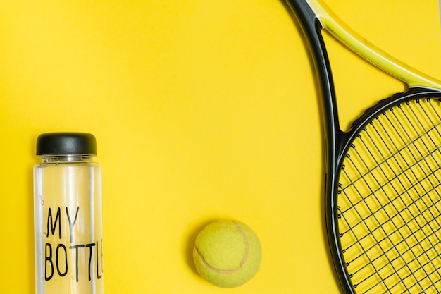 Sport kit for playing tennis