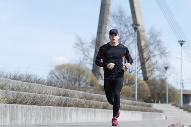 Sport man in outdoor streets