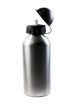 白い背景の上のスポーツウォーターボトル。