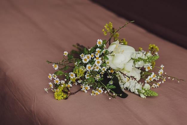 春の花嫁の花束