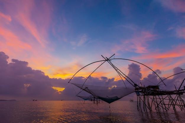 Square dip net in thai swa