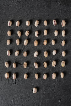Square from pistachios