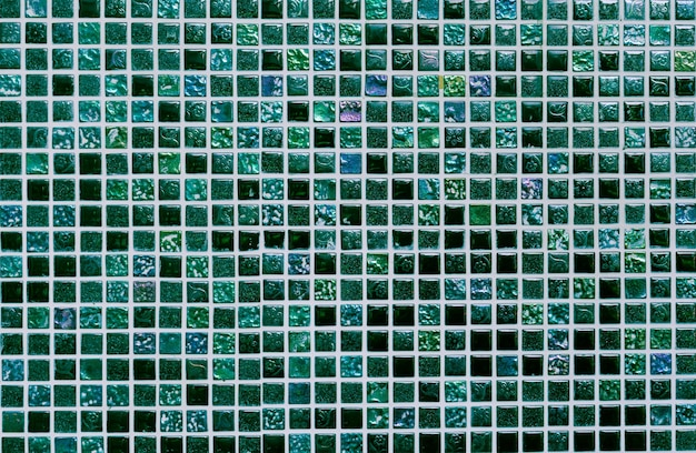 Square shiny green ceramic wall