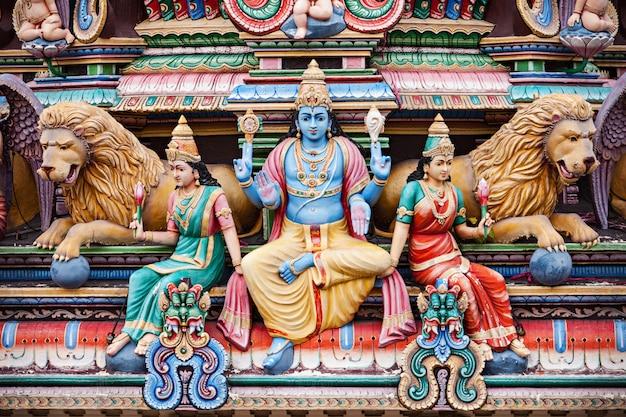Храм шри мариамман