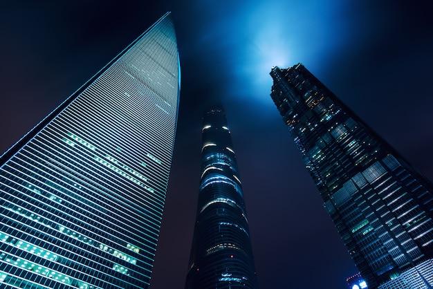 Небоскребы финансового и делового района sshanghai luajiazui, шанхай, китай. азии.