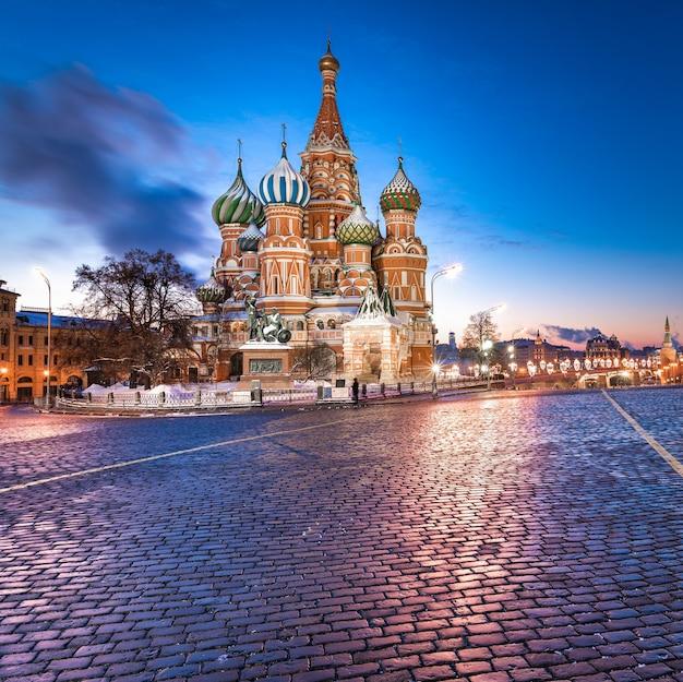 Собор василия блаженного на красной площади в москве.