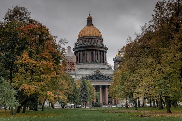 ロシアのサンクトペテルブルクの聖イサアク大聖堂