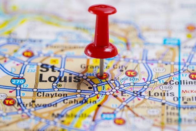 St. louis, road map with red pushpin, city in the united states of america usa.