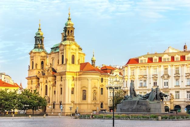 프라하, 체코 공화국에있는 구시 가지 광장에있는 성 니콜라스 교회