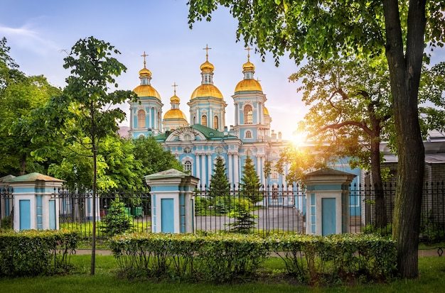 Свято-николаевский свято-никольский богоявленский собор в санкт-петербурге