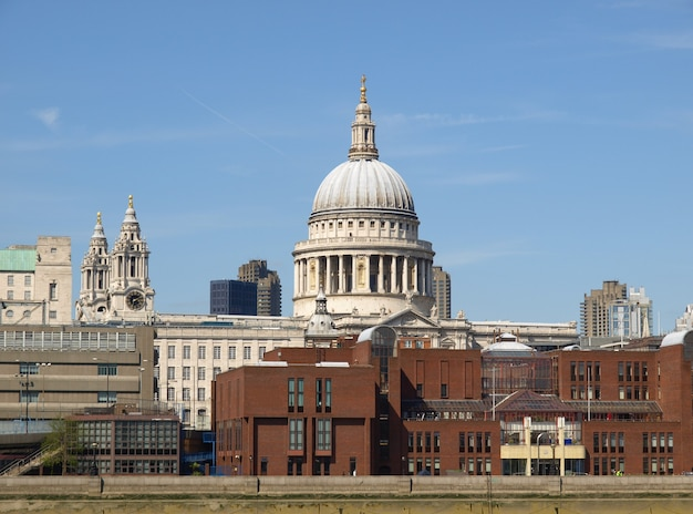 St paul cathedral in london