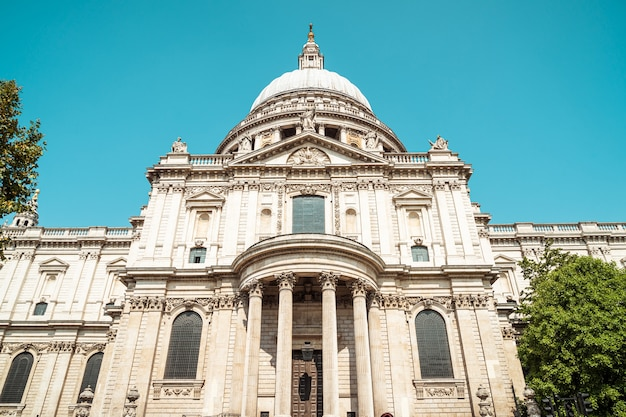 St. paul's cathedral church in london, united kingdom. Premium Photo