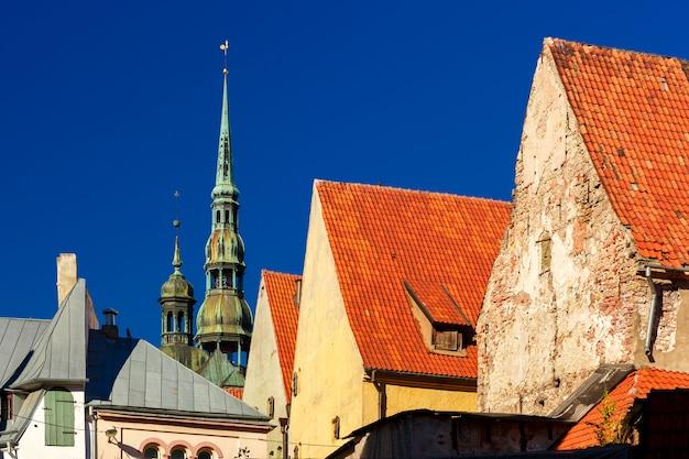 ラトビア、リガの旧市街にある聖ペテロ教会