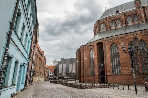 성 베드로 교회는 라트비아의 수도 리가에 있는 루터교 교회입니다.
