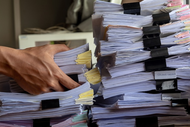 スタックオフィス文書のキャビネット上に文書ファイルをペースします。