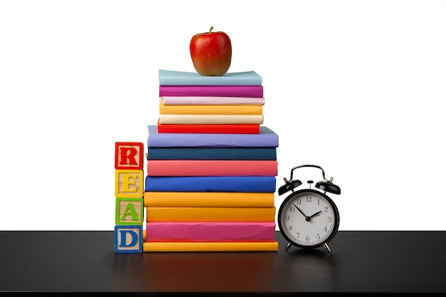Стек книг и время будильника, чтобы прочитать концепцию