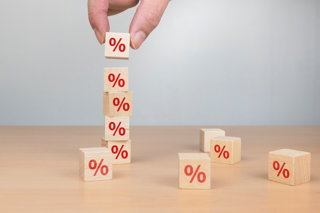Стек коробок с знаком процента