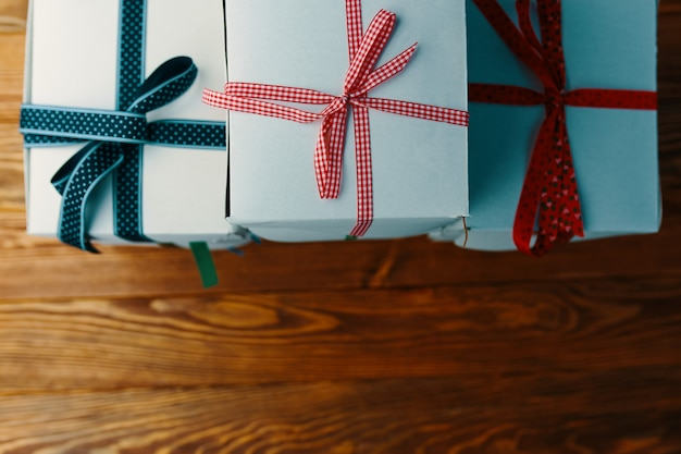 Стек подарочной упаковке рождественские подарки.