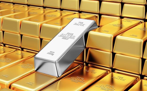 Стопка золотых и серебряных слитков в хранилище банка