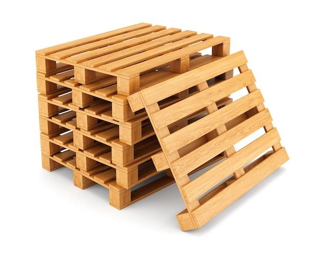 Стек деревянных поддонов
